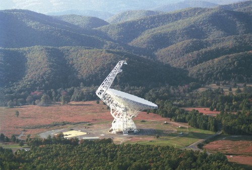 "No Alien Signals Detected in Kepler SETI Search In an effort to search for intelligent extraterrestrials, SETI astronomers have completed their first ""directed"" search. Unfortunately, it turned up no evidence of transmitting aliens. But that's hardly surprising. Read more"