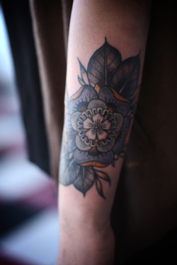 fuckyeahtattoos:  geometric flower cover up by alice carrier at anatomy tattoo in portland, oregon