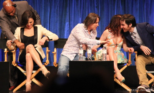 msxdx:  PaleyFest 2013 - Once Upon a Time Lana Parrilla, Robert Carlyle, Emilie de Ravin, and Colin O'Donoghue