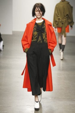 Karen Walker fall 2013 - Image via WWD