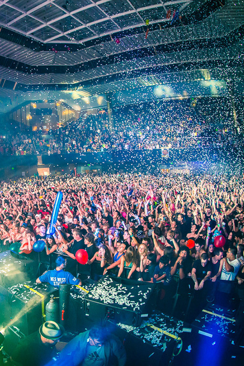 rave-republic:  Bassnectar @ Bill Graham Civic Auditorium | Rukes