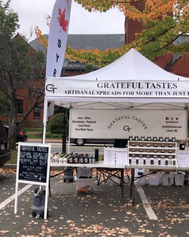 We're all set up for OUR last market of the season with the @winchesterfmkt today with a whole Jeep's load of your favorite #artisanalspreadsformorethanjustbreads, #rawlocalhoney, and #puremaplesyrup to stock up on from 9:30-1:30pm.  🍂 While there is THE LAST market in Winchester to look forward to next week, today is our last visit to town till next months Thanksgiving pop up at the @jenkscenter (announcement and details to come 😉).  🍂 We can't thank the #winchestercommunity enough for another amazing year serving you and the always incredible outpouring of support for our #smallbusiness #familydream.  🥰 #grateful #forevergrateful #gratefultastes #smilehustlegrindrepeat #dowhatyoulove #entrepreneur #entrepreneurshipismyjam #eforallfam #livingthedream #faceittillyoumakeit #winchester  https://www.instagram.com/p/CVX2ITigMIo/?utm_medium=tumblr #artisanalspreadsformorethanjustbreads#rawlocalhoney#puremaplesyrup#winchestercommunity#smallbusiness#familydream#grateful#forevergrateful#gratefultastes#smilehustlegrindrepeat#dowhatyoulove#entrepreneur#entrepreneurshipismyjam#eforallfam#livingthedream#faceittillyoumakeit#winchester