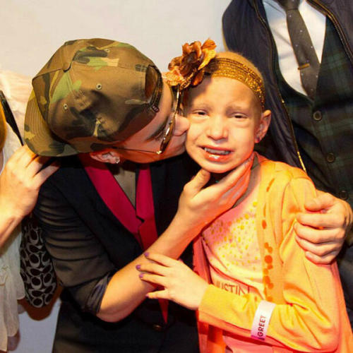 @justinbieber: just got news about little Briana. I was honored to meet her. I know she is up in heaven smiling. #ripBriana #love