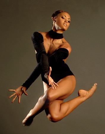black girl dancing nude in chicago
