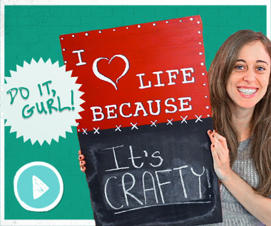 Looking for a fun craft to do this weekend? In the latest episode of Do It, Gurl, Jamie showed us how to make an adorable chalkboard sign! If you haven't gotten a chance to watch yet, why not check it out now?!