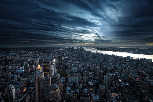 landscapelifescape:  NEW YORK by Calvin Hollywood