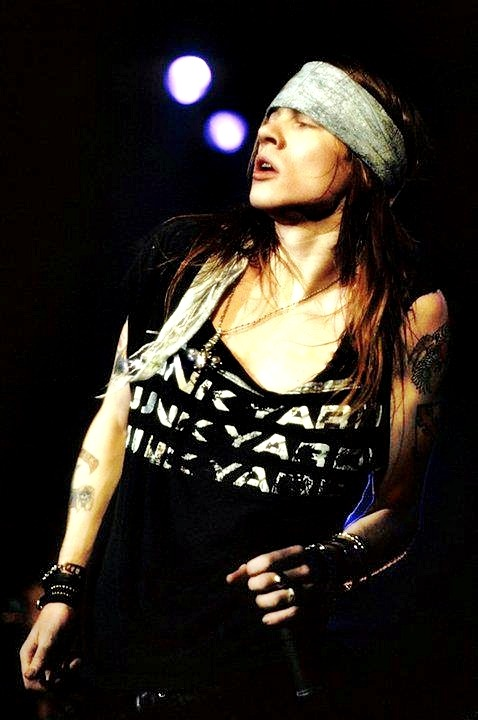 149/333 | Favorite Photos of Axl Rose