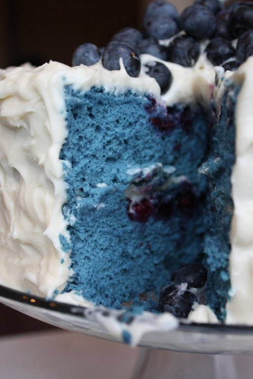 warningdontreadthis:  Blue Velvet Blueberry Cake with Cream Cheese Frosting and Blueberry Sauce (Recipe)