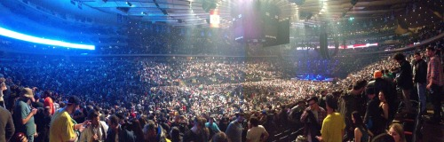 Pretty cool panorama shot of MSG after Sunday's Phish show. Vids, too.