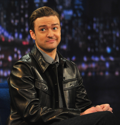 mtvnews:  After Justin Timberlake seems to return a shot at Kanye West during his SNL gig, the singer clears things up.