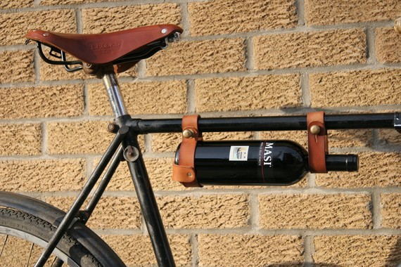 (via Bicycle Wine Rack 1 frame TAN par oopsmark sur Etsy)