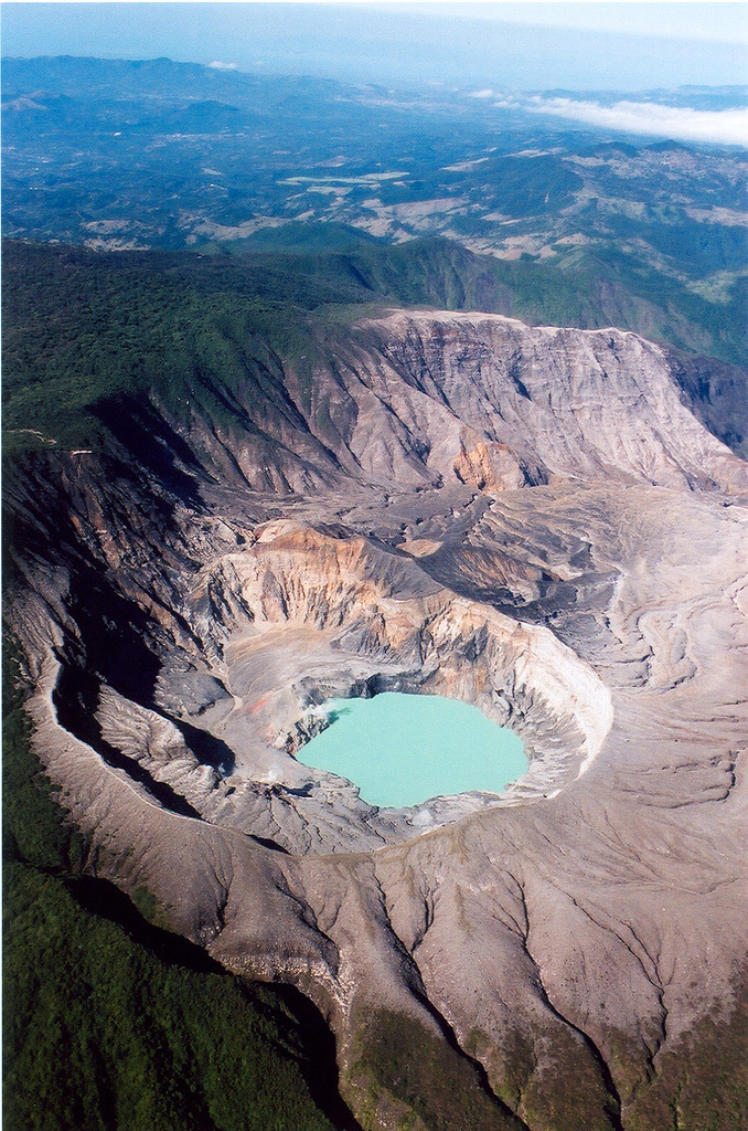 torace:  Volcan Poas, Costa Rica (by Bill in DC)