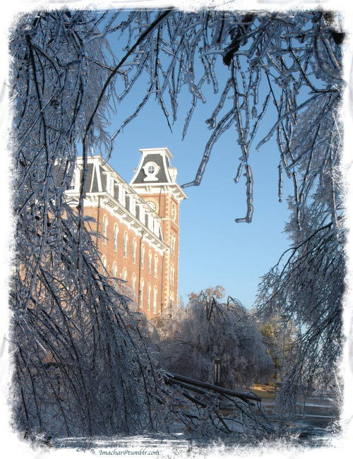 imachar:  50/? — Old Main in ice, Arkansas