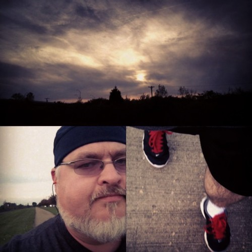 #Collaging while #Walking… #walkingspam #sunset #cloudporn #skyporn #nike #redshoestring #selfie #selfy #beard #glasses #dork #fitness #exercise
