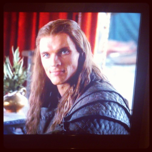 I was watching Game of Thrones, when suddenly this beautiful guy appeared <3 #GameOfThrones.