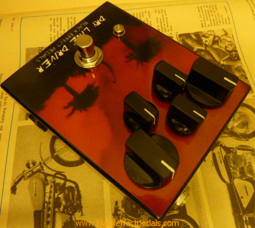 Black Effect Pedals Dry Line Driver: Based on the Colorsound overdriver/powerboostbut with some heavy modifications.