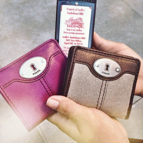 Got 'me Fossil wallets with @nellizamae then Lucille's BBQ after with Nelliza @sanndytzz and D 👍😁