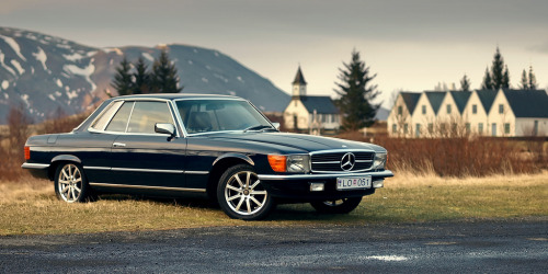 Greetings from Iceland Starring: Mercedes Benz R107 (by Stefán Freyr | Skyzography)