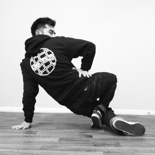 havikoronone:  Bleedintheblock.com #bboy #hiphop #culture #bleedintheblock
