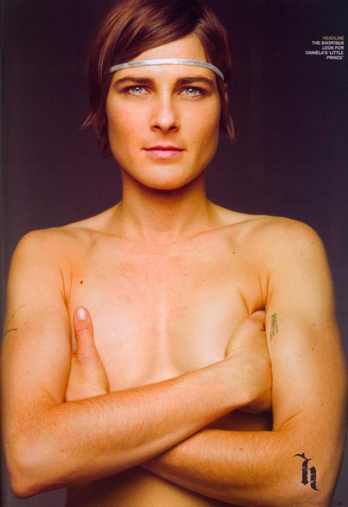 androgycuts:  Daniela Sea