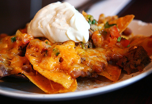 in-my-mouth:  Nachos