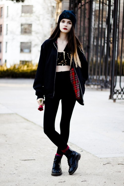 69-withjesus:  lookbookdotnu:  Pop couture (by Clara Martín)  grunge inspired | alternative fashion ☯ ☯  69-withjesus.tumblr.com