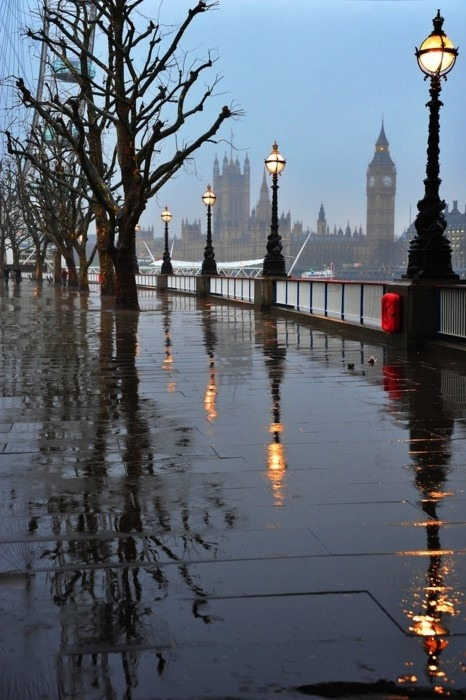 Embankment, London
