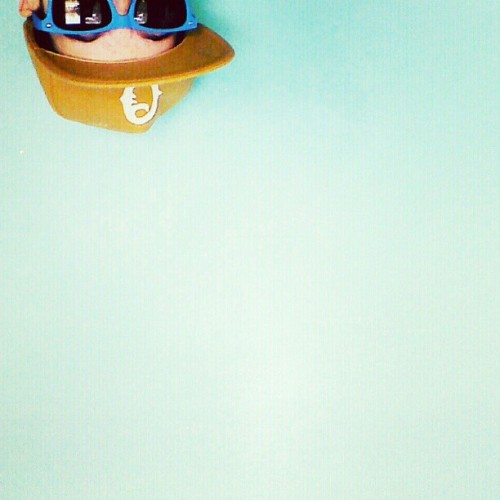 Hi #sky #empty #minimal #obey #blue #green #colors #sunglasses #me #boy #light #cap #upsidedown #space #jpapy #jpapy620 #woyo #photography #nexus