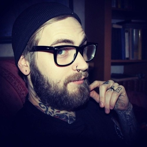 beardstofuck:  the perfect husband I'll say.