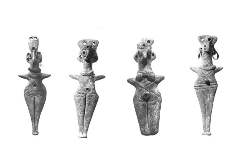 Female figurines. Syria. Bronze age. Ashmolean museum collection.