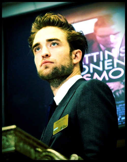 emeraldkate:  #365DOR: May 21st ~ Pic of Rob During NYC Cosmopolis Promo Hello Beautiful