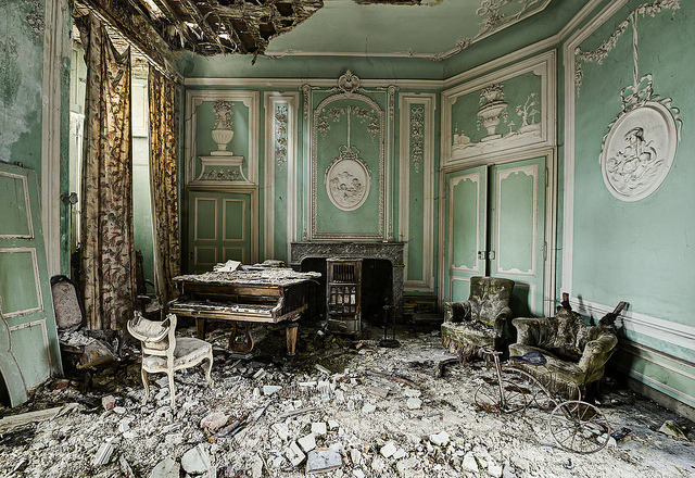 Decadence in decay by odin's_raven on Flickr.