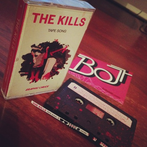 goes to UK tomorrow! #thekills #tapesong #alisonmosshart #cassette
