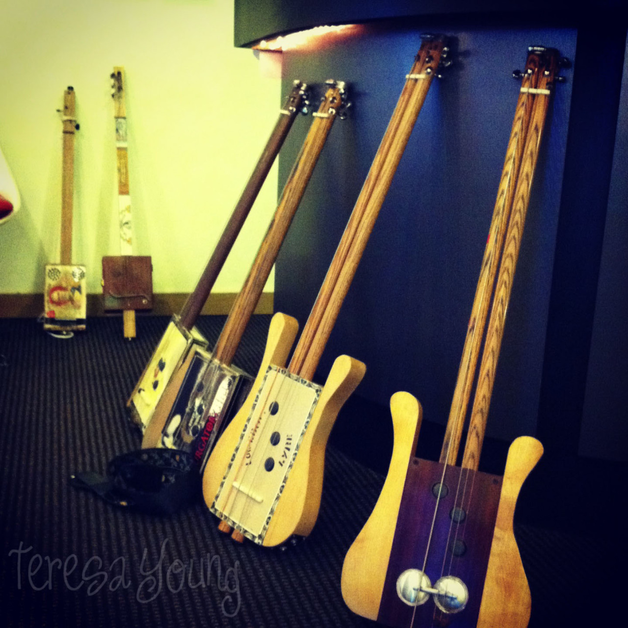 cigar box guitars; February 2013