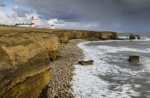 laughinalldaylong:  SOUTER LIGHTHOUSE (von Steve Boote..)