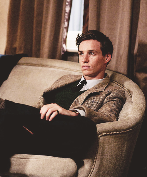 30/100 pictures of Eddie Redmayne