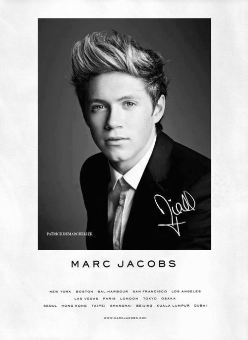 saltydreams:  rumouredlies:  Niall Horan xocass, you like? ;) ~ don't change source ~   lovee ittt