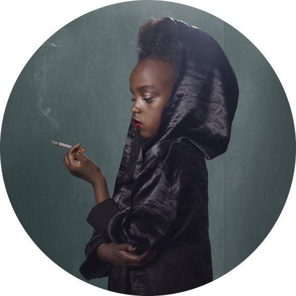 showslow:  Frieke Janssens, Smoking Kids | Part 1