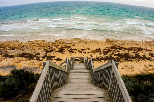 travelingcolors:  Great Ocean Road, Victoria | Australia (by i500 …)