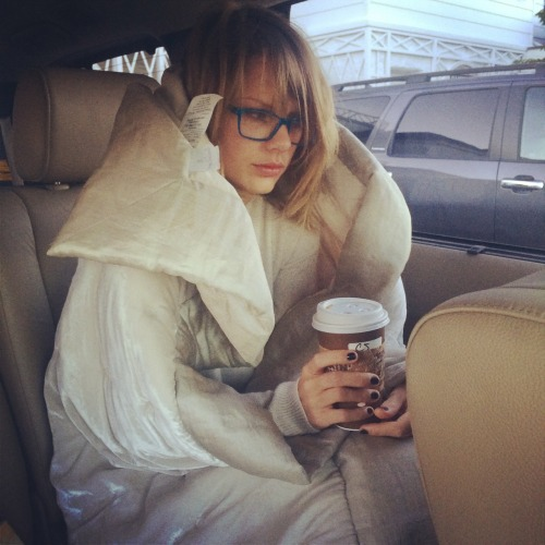 taylorswift:  It's 7am and I can't.