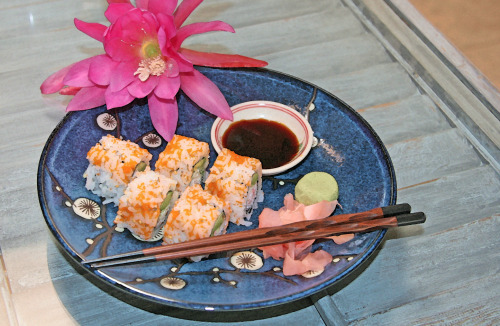 thesensualstarfish:  Naked Sushi by The Sensual Starfish