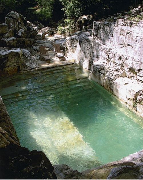 youbroketheinternet:  tamsinjohnson:  Pool in a stone quarry   Amazing every time  I could deal with this pool.