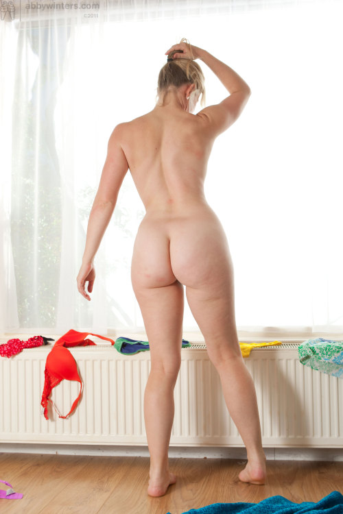 plumptiousdesire:  Laura's plump bottom (Abby Winters)