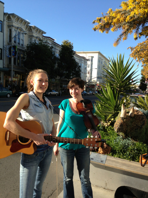 A lovely Sunday concert in the parklet!