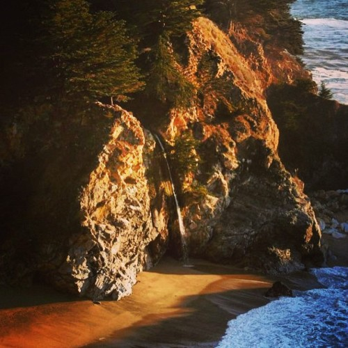 From the Archives | Big Sur, CA #bigsur #waterfall #cali_igers #californialove #california_igers #travel #outdoor #landscape #igers #insta #instahub #instagood #instagreat #instagramhub #instagrammers #picoftheday #photooftheday #bestofnature #bestoftheday #webstagram #westcoast #centralcoast #bd #pic #photography #steveosw