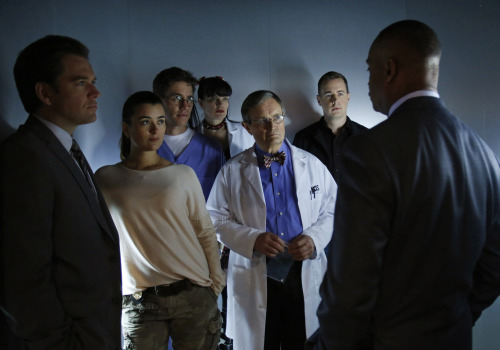 "NCIS - Ep. 10x24 ""Damned if You Do"" (1)   HO.LEE.SHIT.That is all."