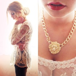 lookbookdotnu:  LACE & GOLD TIGER (by Nesairah Nesstyle)