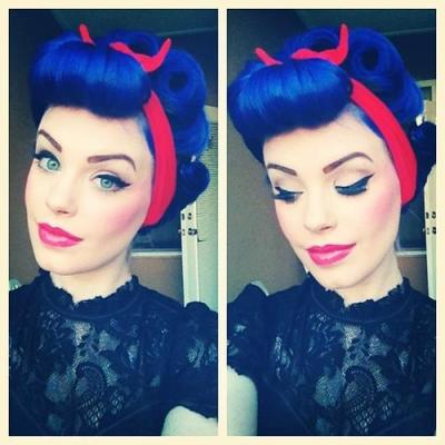 yummiihair:   This is probably one the most amazingly styled vintage looks I've ever seen!   Again, nice color!