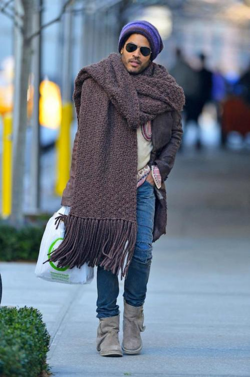 Lenny Kravitz has a big ass scarf. Really at what size does a scarf become a rug?
