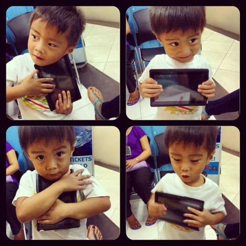 happy monster😍 #happykid #newgadget  #tablet #priceless